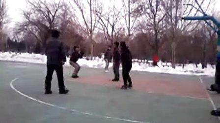 智障儿童打篮球