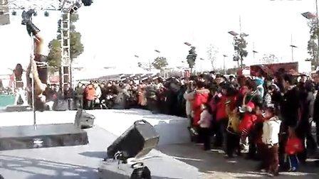 【轩依钢管舞培训网】上海钢管舞培训学校酒吧领舞教学ghnj