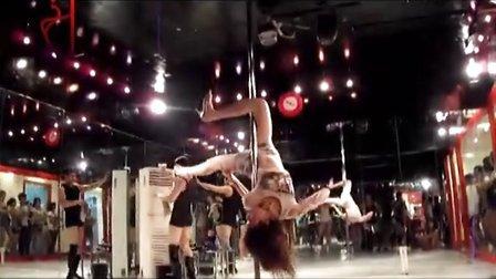 【轩依钢管舞培训网】上海钢管舞培训学校酒吧领舞教学tryh