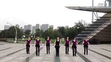 杭州张春丽广场舞雪山阿佳(清晰)