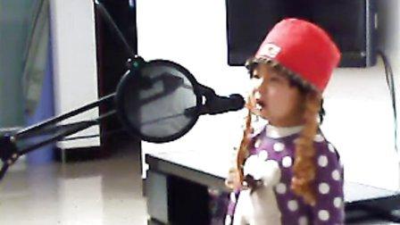 三岁 小女孩 唱歌 月牙儿 乡村爱情故事 赵本山