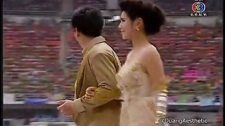 20130406 3台足球赛Nadech Ann Por Cherry出场片段