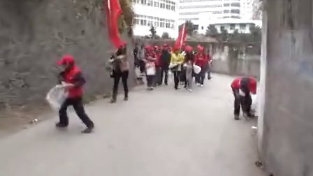 20130304小草义工队走进十堰电视台《直播十堰》栏目