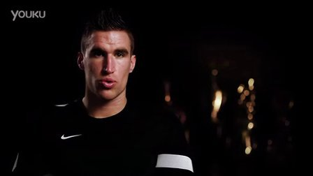 Pro Answers- Kevin Strootman- Setting yourself goa
