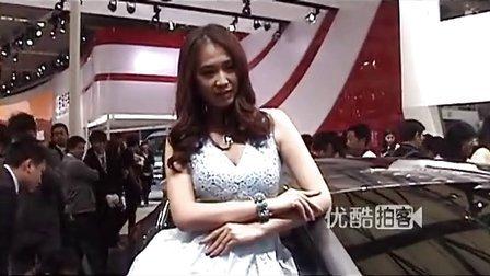 [拍客]2013上海国际车展美艳车模大秀事业线