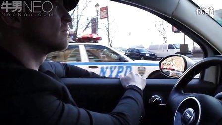 谷歌无人驾驶汽车街头亮骚