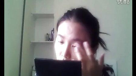 单色性感冷艳红唇妆容 眼线的画法视频