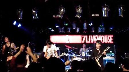 小勺集邮公社摄制 21030413左右乐队 末时代 全国巡演郑州站