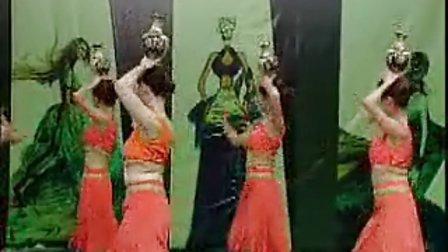 异国风情舞蹈罐舞