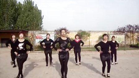 定州南陶邱娟娟广场舞------团队合作快乐给力《青儿版>