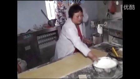 杨师傅香掉牙千层饼 千层饼制作