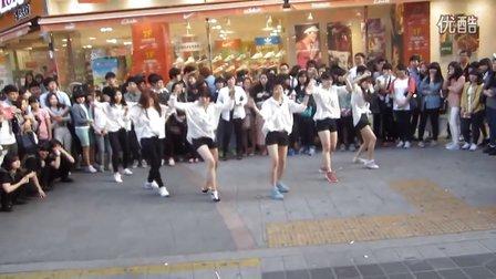 韩国少女们街头热舞PSY鸟叔Gentleman绅士 舞蹈 模仿