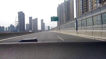 长虹路高架由东向西进入武进区湖塘镇