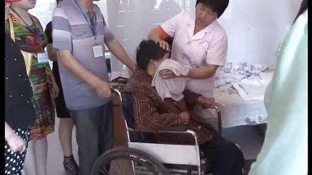 小草义工走进郧县福利院活动郧县电视台报道