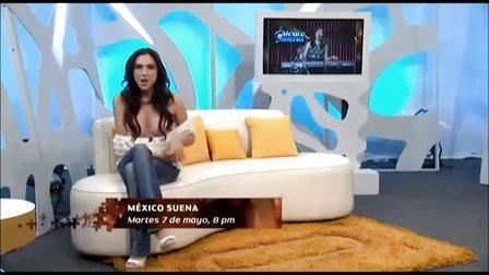 墨西哥知名女主持人Sandra Corcuera節目上意外走光