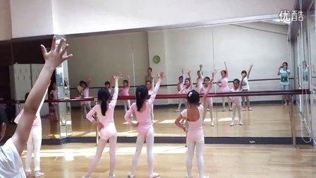 乐翩冉少儿舞蹈《哈哈吼吼》-图书馆校区-排练(镜面)