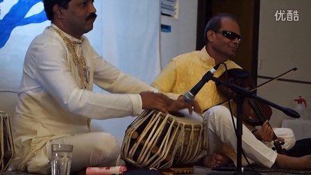 上天带走了他的光明,却让他能够倾听心灵的声(二) —印度古典小提琴大师Guruji
