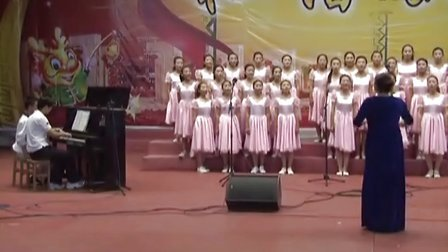 吉木萨尔县第二中学校园女子合唱团