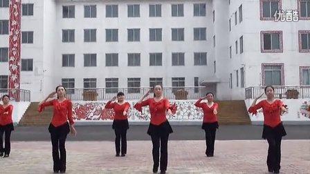 广场舞 女兵走在大街上DVD