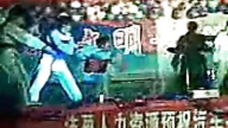 《山东现代职业学院怎么样》10级汽修系跆拳道表演