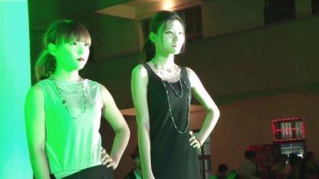 鄂州职业大学艺术与传媒学院服装设计专业首届毕业设计发布会