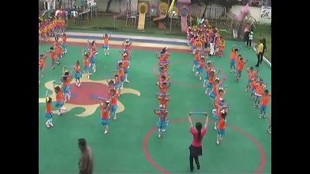 新丰二园13年幼儿团体操