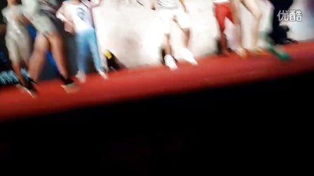 《盛开》北京发布会现场叩叩舞蹈