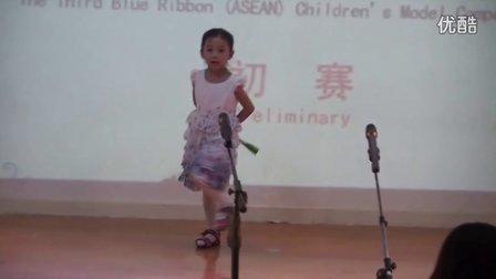 儿童美女跳舞