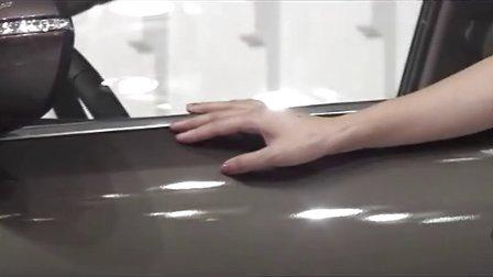 2011重庆车展车模气质让人流连[超清版]