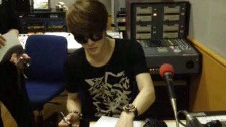 [Amour中字]130624 FM横滨「K-POP!NOW」JYJ 在中独家访谈