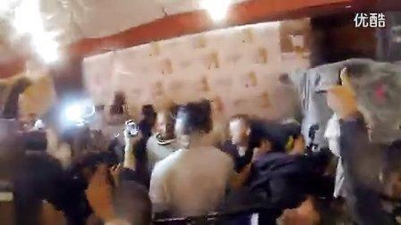 热火球员更衣室庆祝夺得总冠军