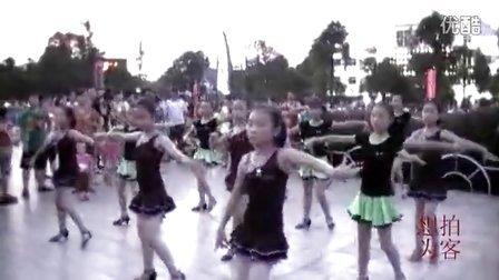 [拍客]暑期小学生的舞蹈训练