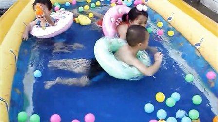 3环游泳池(蓝精灵)