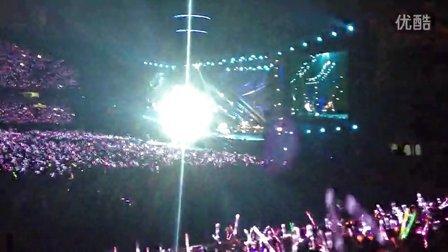 周杰伦2013魔天伦世界巡回演唱会武汉站_《安静》