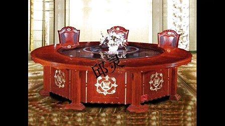玻璃台面—电动餐桌、邱灵