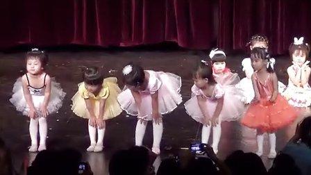 10 幼儿舞蹈《胖嘟嘟》