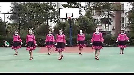 周思萍广场舞系列香吻留给心上人摄像...