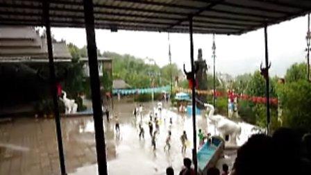 济南九顶塔民族风情游乐园游玩-傣族泼水节