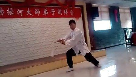 拳师杨建超杨氏太极剑片段