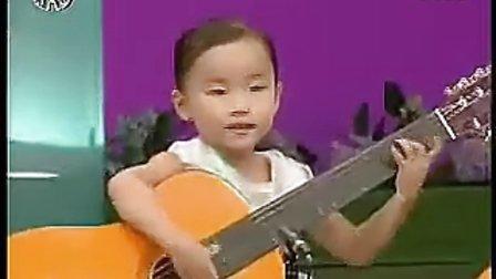 实拍朝鲜儿童演奏吉他,技艺精湛令人惊叹