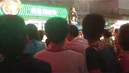 实拍深圳世界之窗啤酒节狂欢现场