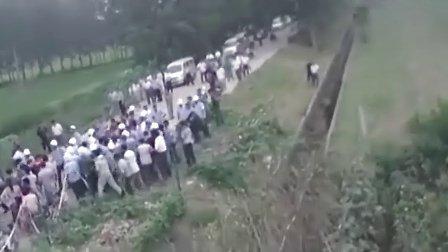 实拍连云港城管与村民群殴-pradaxa
