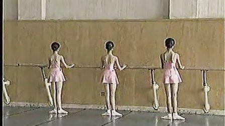 北京舞蹈学院 少儿芭蕾舞 第三级 03