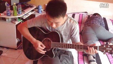 刘思扬弹吉他给你听