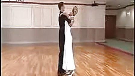 米切尔华尔兹帚型步 扭转步 发展舞姿 反向踢腿 站立旋转 侧行位结束