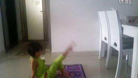 幼儿舞蹈 妈妈亲老师亲