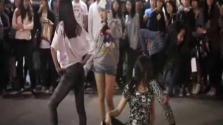 Girls Day出道前首尔街头公演