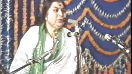1986-0120 Attention should be on God Mumbai India