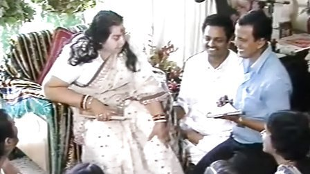 1986-1014 H.H. Shri Mataji Nirmala Devi Interview Kolkata