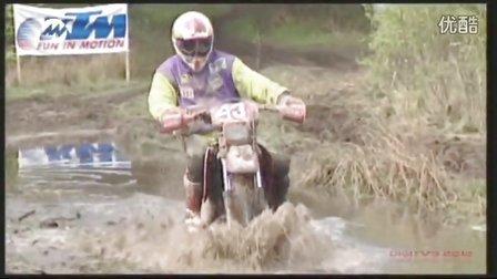 国外越野摩托雨林穿越赛